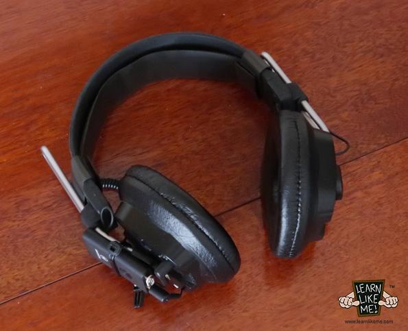 Wireless Bluetooth Headphones Image 1