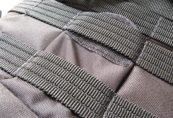Lowepro Protactic 450 AW Backpack Imitation Ribbing Issues