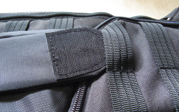 Lowepro Protactic 450 AW Backpack Imitation Ribbing Issues 2